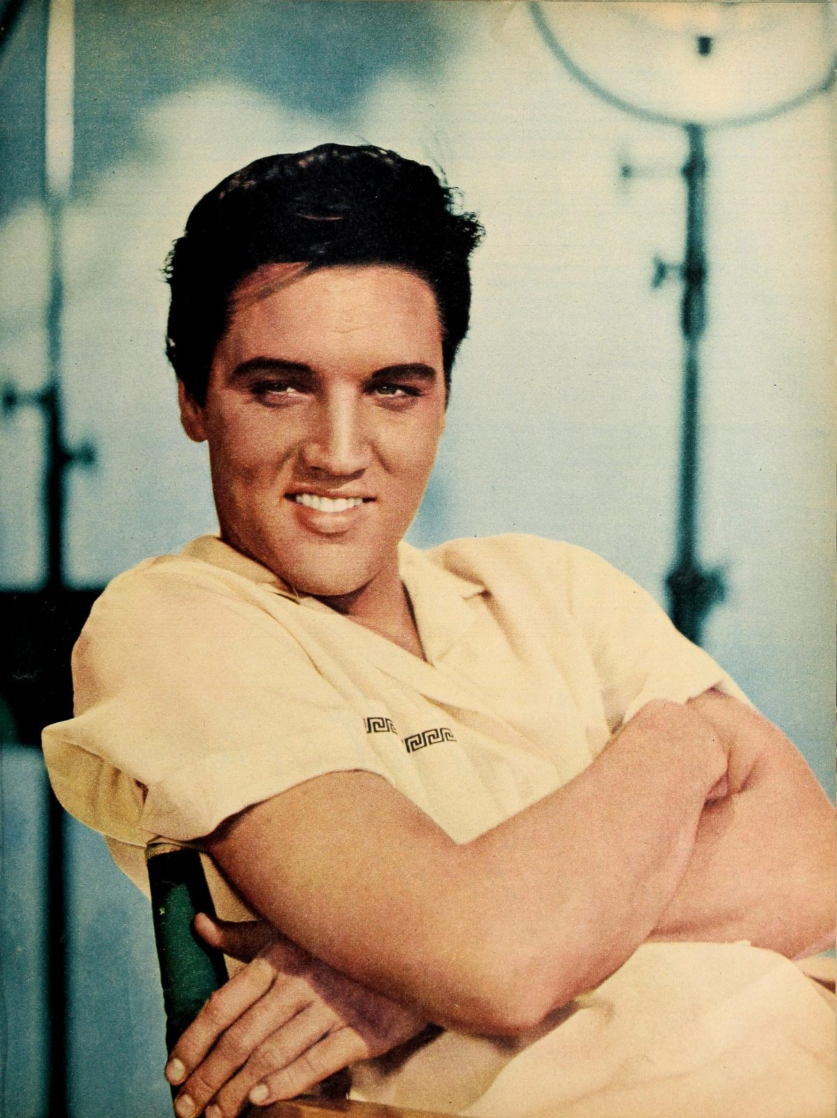 Elvis Presley Older songs like Heartbreak Hotel & Hound Dog are still some of the best music ever made. Elvis fans are still loving The King. Elvis Presley when he was young